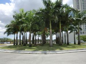 Apartamento En Ventaen Panama, Santa Maria, Panama, PA RAH: 21-6969