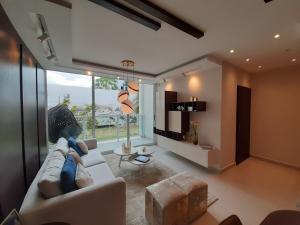 Apartamento En Ventaen Panama, Condado Del Rey, Panama, PA RAH: 21-7825