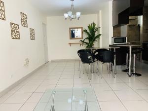 Apartamento En Ventaen Panama, Condado Del Rey, Panama, PA RAH: 21-8165