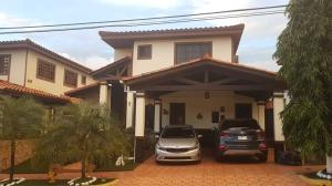 Casa En Ventaen Panama, Las Cumbres, Panama, PA RAH: 21-8270