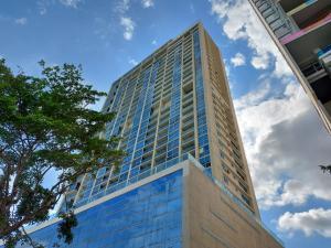 Apartamento En Alquileren Panama, Avenida Balboa, Panama, PA RAH: 21-8347