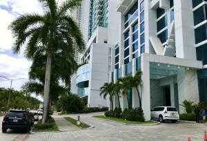 Apartamento En Ventaen Panama, Costa Del Este, Panama, PA RAH: 21-8365
