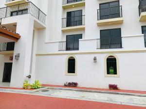 Apartamento En Alquileren Panama, Albrook, Panama, PA RAH: 21-8377