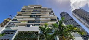 Apartamento En Ventaen Panama, Santa Maria, Panama, PA RAH: 21-8478