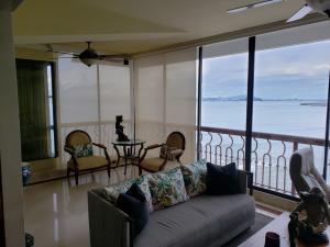 Apartamento En Alquileren Panama, Paitilla, Panama, PA RAH: 21-8553