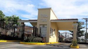Casa En Ventaen San Miguelito, Brisas Del Golf, Panama, PA RAH: 21-8561
