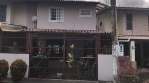 Apartamento En Alquileren Panama, Condado Del Rey, Panama, PA RAH: 21-8573