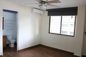 Apartamento En Alquileren Panama, Obarrio, Panama, PA RAH: 21-8679