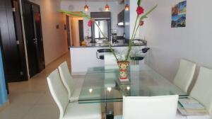 Apartamento En Alquileren Panama, Avenida Balboa, Panama, PA RAH: 21-8694
