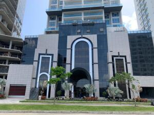 Apartamento En Ventaen Panama, Santa Maria, Panama, PA RAH: 21-8711