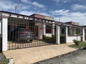 Casa En Ventaen Panama, Las Cumbres, Panama, PA RAH: 21-8847