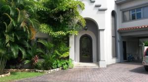 Casa En Ventaen Panama, Costa Del Este, Panama, PA RAH: 21-8980