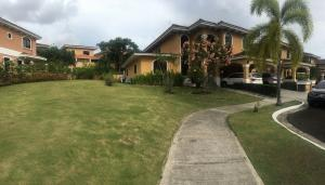 Casa En Ventaen Panama, Clayton, Panama, PA RAH: 21-8968