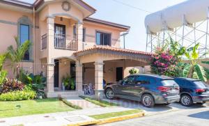Casa En Ventaen Panama, Versalles, Panama, PA RAH: 21-9047