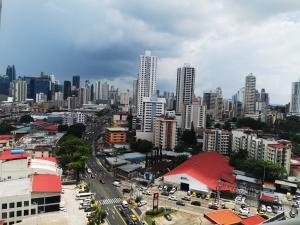 Apartamento En Ventaen Panama, Carrasquilla, Panama, PA RAH: 21-9218