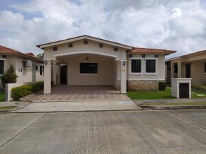 Casa En Alquileren La Chorrera, Chorrera, Panama, PA RAH: 21-9229