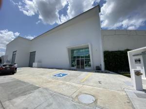 Galera En Alquileren Panama, Parque Lefevre, Panama, PA RAH: 21-4268