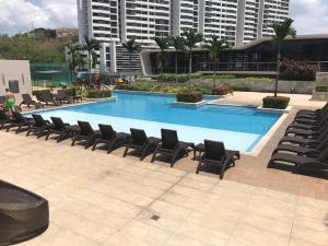 Apartamento En Ventaen Panama, Condado Del Rey, Panama, PA RAH: 21-9318