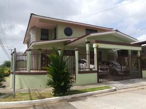 Casa En Ventaen Panama, Brisas Del Golf, Panama, PA RAH: 21-9272