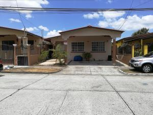 Casa En Ventaen Panama, Brisas Del Golf, Panama, PA RAH: 21-9296