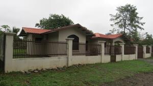 Casa En Ventaen Dolega, Los Algarrobos, Panama, PA RAH: 21-9310