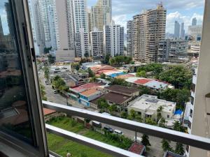Apartamento En Alquileren Panama, Paitilla, Panama, PA RAH: 21-9705