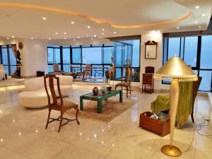 Apartamento En Ventaen Panama, Avenida Balboa, Panama, PA RAH: 21-9761