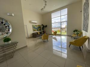 Apartamento En Alquileren Panama, Parque Lefevre, Panama, PA RAH: 21-9755