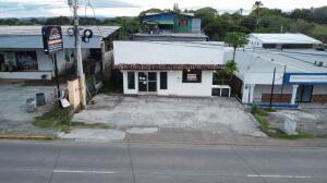 Local Comercial En Alquileren Chitré, Chitré, Panama, PA RAH: 21-9807