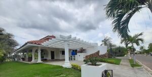 Casa En Ventaen San Carlos, San Carlos, Panama, PA RAH: 21-8768