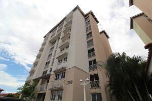 Apartamento En Ventaen Panama, Versalles, Panama, PA RAH: 21-9875