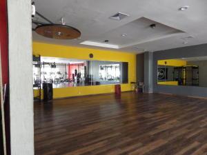 Consultorio En Alquileren Panama, Condado Del Rey, Panama, PA RAH: 21-9876