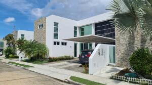 Casa En Ventaen Panama, Costa Sur, Panama, PA RAH: 21-9910