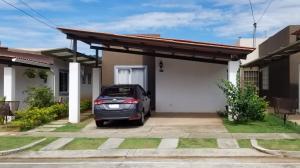 Casa En Alquileren Arraijan, Vista Alegre, Panama, PA RAH: 21-10029