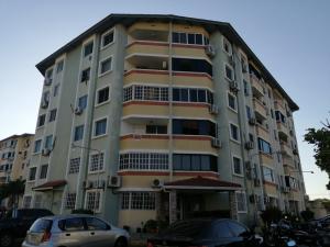 Apartamento En Ventaen Panama, Campo Limberg, Panama, PA RAH: 21-10080