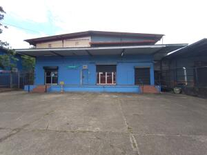 Galera En Ventaen Panama, Juan Diaz, Panama, PA RAH: 21-10179