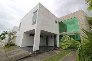 Casa En Ventaen Panama, Costa Sur, Panama, PA RAH: 21-8552