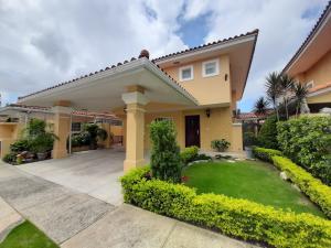 Casa En Ventaen Panama, Brisas Del Golf, Panama, PA RAH: 21-10371