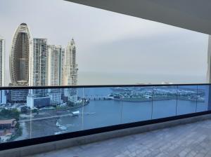 Apartamento En Ventaen Panama, Paitilla, Panama, PA RAH: 21-10380