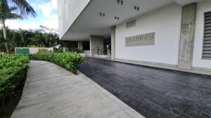 Apartamento En Ventaen Panama, Santa Maria, Panama, PA RAH: 21-10410