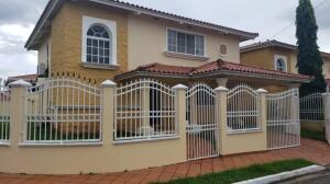 Casa En Ventaen San Miguelito, Villa Lucre, Panama, PA RAH: 21-10467
