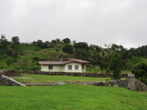 Casa En Ventaen Tierras Altas, Volcan, Panama, PA RAH: 21-10481