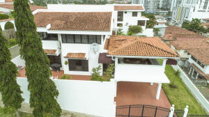 Casa En Alquileren Panama, Hato Pintado, Panama, PA RAH: 21-10510