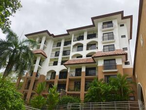 Apartamento En Ventaen Panama, Clayton, Panama, PA RAH: 21-10564