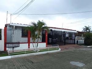 Apartamento En Ventaen Panama, Chanis, Panama, PA RAH: 21-11107