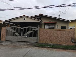 Casa En Ventaen La Chorrera, Chorrera, Panama, PA RAH: 21-10637