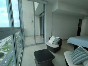 Apartamento En Ventaen Panama, Avenida Balboa, Panama, PA RAH: 21-10757