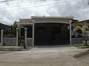 Casa En Ventaen Panama, Brisas Del Golf, Panama, PA RAH: 21-10833