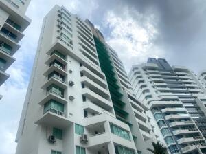 Apartamento En Ventaen Panama, Edison Park, Panama, PA RAH: 21-10886