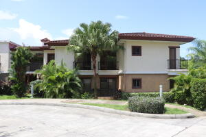 Apartamento En Ventaen Panama, Clayton, Panama, PA RAH: 21-10924